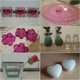 pink decorations, clear vases, heart candles in Baumholder, GE