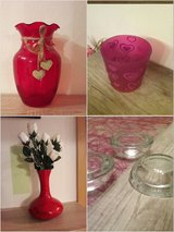 red vases, clear tea light holders in Baumholder, GE