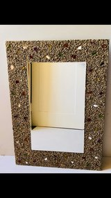 decorative wall mirror in Great Lakes, Illinois