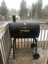 Pro 29-in Barrel Charcoal grill in Fort Lewis, Washington