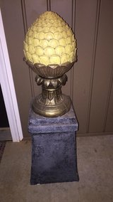 Decorative Stand in Warner Robins, Georgia
