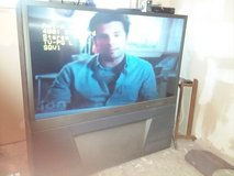 Big screen tv in St. Charles, Illinois