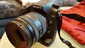 SONY ALPHA 77ii like new INCL 3.5 year PLUSSCHUTZ Insurance in Wiesbaden, GE