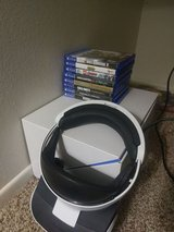 8 game bundle with ps4 and vr in Camp Pendleton, California