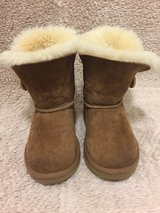 UGG Girl's Boots Size 8 in Okinawa, Japan