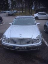 Mercedes E320 2002 in Stuttgart, GE
