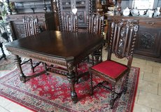 superb dining room set with 4 chairs in Baumholder, GE