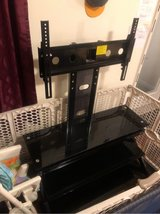 Portland tv stand w/ mount in Fort Drum, New York