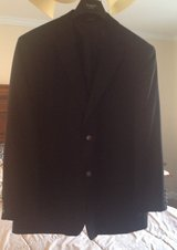 Haggar Sport Coat - 44L in Fort Campbell, Kentucky