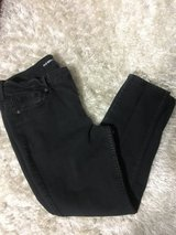 Old navy black jeans mid rise size 12 SHORT! in Lockport, Illinois