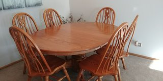 Solid Oak Dining Table With 6 Chairs in Naperville, Illinois