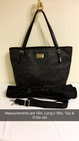 BLACK MICHAEL KORS AUTHENTIC DIAPER BAG in Fort Polk, Louisiana