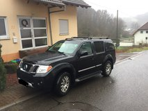 2010 Nissan Pathfinder LE. ***QUICK SELL*** in Ramstein, Germany