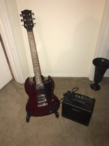 Dual pick-up Electric Guitar and Amplifier in Tomball, Texas