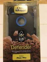 Otter Defender IPhone 7plus or IPhone 8 Plus case in Camp Lejeune, North Carolina
