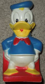 VINTAGE Walt Disney DONALD DUCK BANK FIGURINE by PLAY PAL PLASTICS INC in Bolingbrook, Illinois