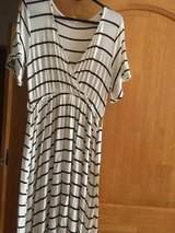 New ladies dress size M/L hight low style in Okinawa, Japan