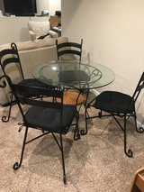 Kitchen Table, Chairs & Bar Stools in Orland Park, Illinois