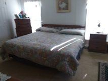 4 piece solid wood bedroom set in Conroe, Texas