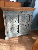 """Hutch  17""""deep. 40"""" long 40""""tall in Cleveland, Texas"""