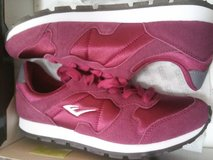 Brand new tennis shoes size 8 in Travis AFB, California