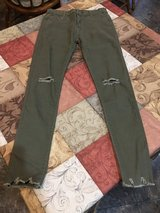 Green Skinny Pants -teen Sz 0 in Fort Campbell, Kentucky