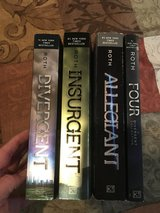 Divergent Series paperback in Fort Campbell, Kentucky