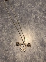 Heart necklace w/ matching earrings in Conroe, Texas