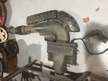 2007 Ford F-150 oem air intake in Fort Campbell, Kentucky