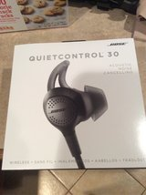 Bose Quietcontrol  30 in Spring, Texas