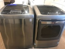 Beautiful LG washer and dryer electric in Conroe, Texas