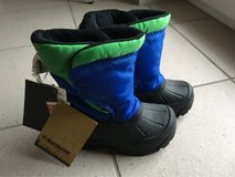 NEW Toddlers Winter Shoes size 8 in Ramstein, Germany