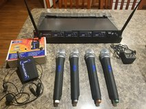 Vocopro 4 Channel Wireless Microphone System in Sugar Grove, Illinois