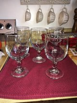 5 beautiful excellent condition drinking glasses in Wright-Patterson AFB, Ohio