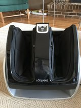 U squeeze foot and calf massager in Palatine, Illinois
