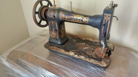 antique WHITE sewing machine in San Antonio, Texas
