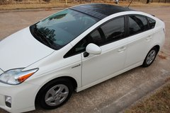 2010 Prius - Clean Title- Back up Camera- Navigation in Katy, Texas