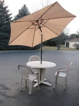 Patio Table w/Umbrella & Chairs in Lockport, Illinois