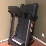 NordicTrack T5 zi Treadmill in Fort Knox, Kentucky