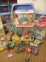 90's dollhouse with dolls and furniture in Beaufort, South Carolina