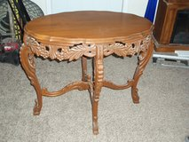 Nice Oval Wood Table Ornate in Fort Leonard Wood, Missouri