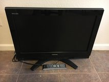 Toshiba 25 inch flatscreen TV w/ remote in Fort Leonard Wood, Missouri