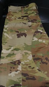 3 pairs of Men's MULTICAM BDU Style Trousers Med Reg in Fort Lewis, Washington