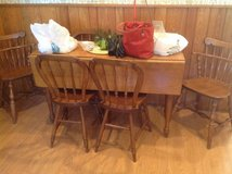 Vintage Drop Leaf /4 chairs in Naperville, Illinois