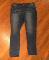 16W Women's Jeans in Chicago, Illinois