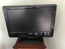 "19"" Philips TV With Remote Control in Fort Rucker, Alabama"