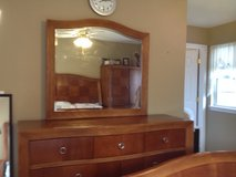 Sale: Bedroom furniture - Queen size in Palatine, Illinois