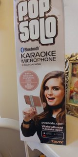 bluetooth karaoke microphone rose gold in Cleveland, Texas