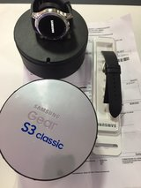 Samsung Gear S3 Classic like new with complete set in Ramstein, Germany