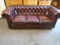 Chesterfield sofa 2 in Lakenheath, UK